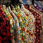 Second hand vám může ušetřit peníze při nákupu trendy oblečení