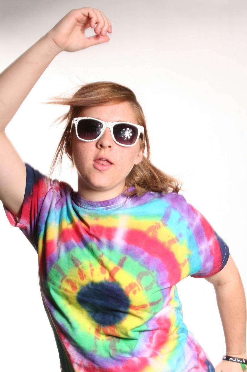 color t shirt