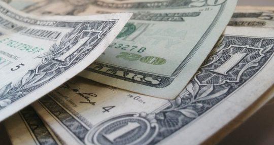 vyrez z dolaru